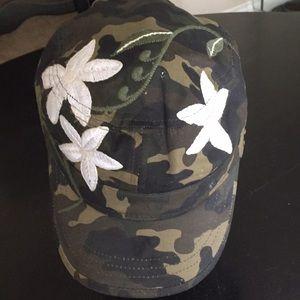 Billabong military cap